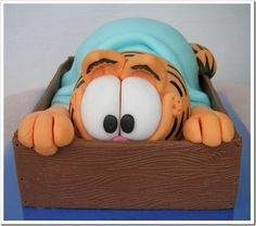 Garfield Cake I love this cake.my favorite cat! Sweet Cakes, Cute Cakes, Bolo Garfield, Garfield Birthday, Video Game Cakes, Pastry Design, Cool Cake Designs, Different Cakes, Character Cakes
