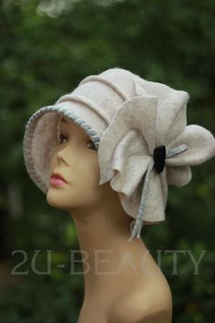 Designer Hat Felted Hat CLOCHE HAT wearable art Hat White hats Felt RETRO hat handmade wearable art clothing women hats plus size Cloche Church Hats, Diy Hat, Vintage Stil, Outfits With Hats, Work Outfits, Felt Hat, Cool Hats, Girl With Hat, Handmade Clothes
