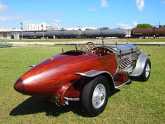 Tank-engined 1928 Rolls-Royce Metoer hot rod sells for $187,000 in Monterey | Hemmings Daily