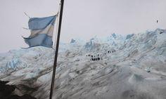 Caminhada pela geleira Perito Moreno, em El Calafate, na Patagônia argentina
