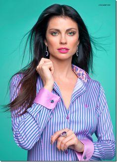 Blouse Styles, Blouse Designs, Button Up Shirt Womens, Iranian Women Fashion, White Shirts Women, Smart Outfit, Beautiful Blouses, Work Tops, Professional Outfits