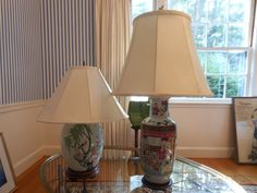 The picture does not do these wonderful Chinese porcelain table lamps justice!