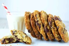 Today's tried and true recipe is from King Arthur Flour - Chocolate Chip Oatmeal Cookies! These are the BEST chocolate chip oatmeal cookies I've ever made. They are soft and chewy with a crispy edge, Oatmeal Chocolate Chip Cookie Recipe, Oatmeal Cookie Recipes, Oatmeal Cookies, Chocolate Chips, Cookies Soft, Raisin Cookies, Baby Cookies, Heart Cookies, Valentine Cookies
