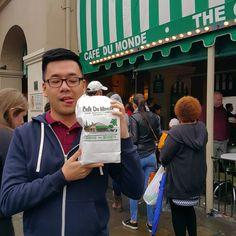 Adventures in New Orleans. Café Du Monde. Beignets!  #kleerocks #NOLA #neworleans #nawlins #bigeasy #bourbonstreet #frenchquarter #beignetbliss #beignet #cafedumonde #laissezlesbontempsrouler #followyournola #goodvibes #funtimes by chkevinlee