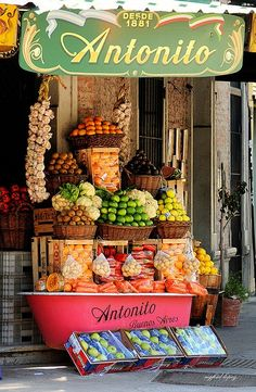 Fruit and Vegetable stand, Buenos Aires, Argentina