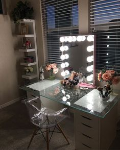 picks pretty pink to accent her in this lovely vanity station and we just can't help but love it! Featured: Impressions Vanity Glow XL in Rose Gold with Frosted LED Bulbs My New Room, My Room, Rangement Makeup, Home Design, Interior Design, Design Ideas, Stylish Interior, Interior Modern, Modern Decor