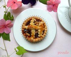 Tartelettes à la confiture de raisins et aux noix (linzer torte)