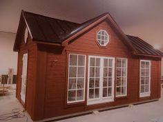 Den Vita Drömgården: 30 kvm fritidshus eller framtida Attefallshus Tiny House, House Plans, Shed, Villa, Loft, Outdoor Structures, Summerhouse Ideas, Architecture, Garden