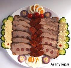AranyTepsi: Vendégváró karajos tál Other Recipes, Meat Recipes, Hungarian Recipes, Hungarian Food, Sushi, Waffles, Bacon, Breakfast, Ethnic Recipes