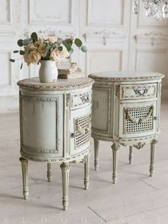 Sincere critiqued shabby chic furniture living room Start now. Get results. - Sincere critiqued shabby chic furniture living room Start now. Get results. Shabby Chic Interiors, Shabby Chic Bedrooms, Shabby Chic Homes, Shabby Chic Furniture, Shabby Chic Decor, Vintage Furniture, Bedroom Furniture, Trendy Bedroom, Neutral Bedrooms