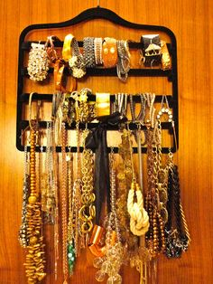 A multitiered hanger makes jewlery storage easy! - MyHomeLifeMag.com