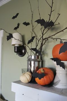 Free bat template (3 sizes) to create a flying bat mantle; cute for hanging on window or front door