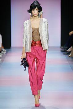 Armani Privé Spring 2020 Couture Fashion Show Collection London Fashion Weeks, Fashion Week Paris, Fashion 2020, Runway Fashion, Fashion Show, Fashion Design, Spring Fashion, Armani Prive, Couture Mode