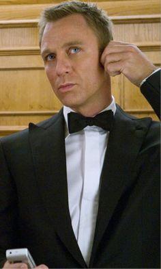 Daniel Craig as James Bond James Bond Suit, Bond Suits, James Bond Movies, Rachel Weisz, James Bond Casino Royale, Daniel Craig James Bond, Craig Bond, Daniel Graig, Best Bond