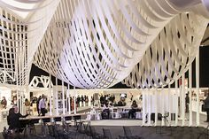 Paper Space installation by Studio Glowacka & Maria Fulford Architects, London installation exhibition Bartlett School Of Architecture, Paper Architecture, Modern Architecture, Stand Design, Booth Design, Ceiling Decor, Ceiling Design, Architects London, Paper Structure