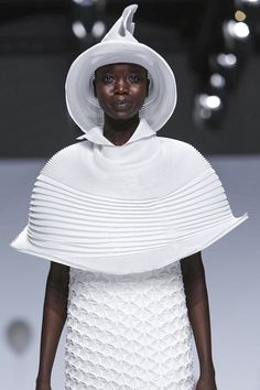 Artistic Fashion - pleated capelet, dress & hat with soft sculptural shapes & manipulated fabric textures // Issey Miyake S/S 2015