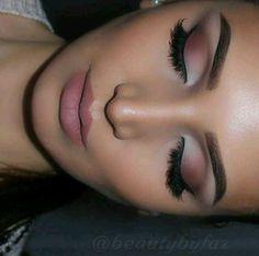I loveeeee this make up. °•°