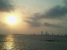 Marine Drive in Mumbai, Mahārāshtra