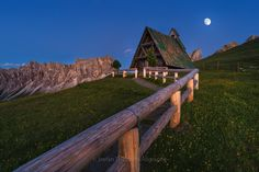 "Night at Passo di Giau - ..i put two frames together to one..! first shot - landscape, 2 sec. Iso 160, 20mm second shot - moon, 1/320, Iso 200, 85mm    <a href=""http://www.stefanthaler.net"">www.stefanthaler.net</a>  <a href=""http://www.facebook.com/thalerphotograpy"">Facebook</a>"