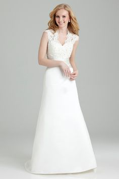 Empire Wedding Dresses With Sleeves