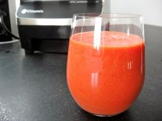 Appelsiini-vadelmasmoothie (Orange raspberry smoothie)