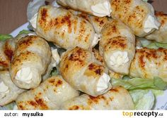 Slané kremrolky recept - TopRecepty.cz Fresh Rolls, Shrimp, Chicken, Ethnic Recipes, Food, Deko, Hoods, Meals, Kai