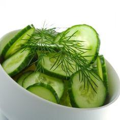 Ensalada de Pepino Feta Salad, Cucumber Salad, Wine Recipes, Cooking Recipes, Healthy Recipes, Meal Recipes, Salad Master Recipes, Cucumber Health Benefits, Healthy Picnic Foods