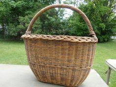 Vintage Basket by Uniquefinds2 on Etsy, $15.00