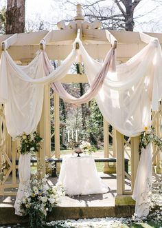 Gazebo draping for wedding ceremony Mod Wedding, Dream Wedding, Geek Wedding, Wedding Designs, Wedding Styles, Wedding Ideas, Arch Wedding, Wedding Bells, Garden Wedding