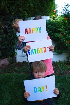How to make a simple and colorful sign for Father's Day from jane-can.com.