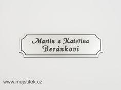 Plastový štítek na dveře, poštovní schránku aj. www.mujstitek.cz
