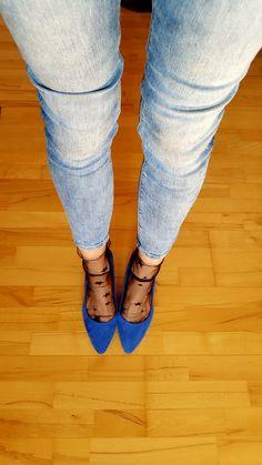 Ideální čas na tyto ponožky #silonky #rájsilonek #stockist #feetfashion #fashion #feet #nylon #nylonslover #rájponožek Clogs, Fashion, Clog Sandals, Moda, Fashion Styles, Fashion Illustrations