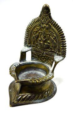 Vintage Beautiful Decorative Brass Goddess Laxmi Diya Worship Lamp. G53-92