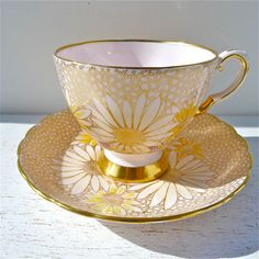 Your place to buy and sell all things handmade, You can enjoy break fast or different time periods using tea cups. Tea cups also have ornamental features. Once you look at the tea cup types, you will see this clearly. Hd Vintage, Vintage Cups, Cup And Saucer Set, Tea Cup Saucer, Café Chocolate, Yellow Cups, China Tea Cups, Teapots And Cups, Tea Art