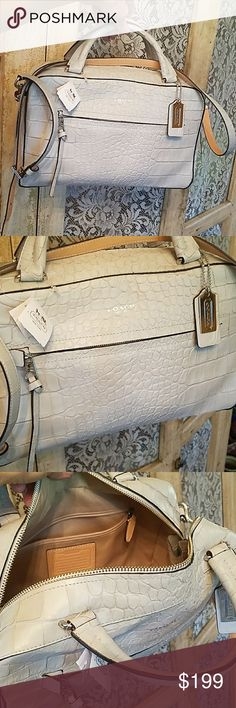 NWT....AWESOME COACH PURSE Brand New Coach Bags