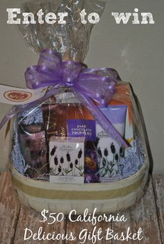 California Delicious Gift Basket #Review & #Giveaway  (Giveaway ends April 21, 2014) #Entertowin -- http://www.addicted2savings4u.com/2014/04/12/california-delicious-gift-basket-review-giveaway/