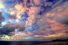 Sunset Sky, Taiwan  photo via bonchoix