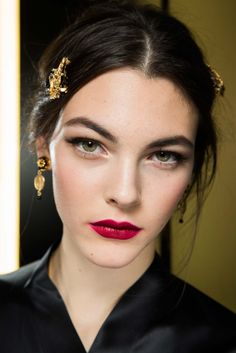 Dolce & Gabbana Fall 2015 Backstage Beauty #MFW