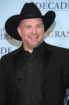 Garth Brooks....greatest country music singer of all time