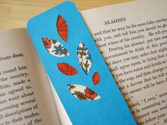 Bookmarks with vintage fabric