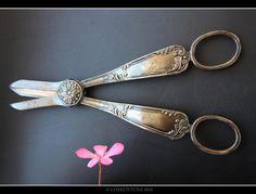 Antique scissors Hayırlı Kandiller Dilerim. Tüm İslam dünyasına kutlu olsun.
