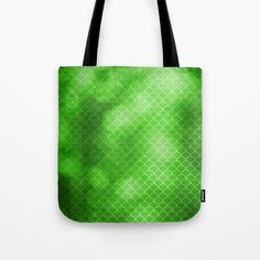 https://society6.com/product/green-flash-small-scallops-pattern-with-texture_bag?curator=hereswendy