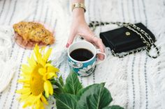 Kaboompics - Free High Quality Photos Se Lever, Stock Photo Sites, Declutter Your Life, Lisa, Positive Attitude, Make Money Blogging, Best Mom, Get Over It, Mummy Bloggers