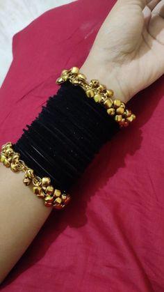 Antique Jewellery Designs, Fancy Jewellery, Stylish Jewelry, Cute Jewelry, Fashion Jewelry, Indian Bridal Jewelry Sets, Bridal Bangles, Wedding Jewelry, Thread Bangles Design