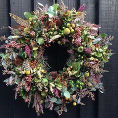 The Fl, Dried Flowers, Christmas Wreaths, Floral Wreath, Jar, Autumn, Seasons, Holiday Decor, Flower Ideas