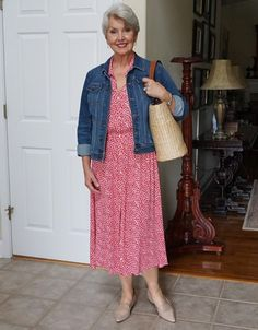 A Denim Jacket - SusanAfter60.com Teacher Outfits, Look Younger, Fashion Over 50, Style Guides, Latest Trends, Dressing, Beautiful Women, Summer Dresses, Denim