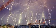 | Fulgere de vara peste Bucuresti! Man Up, Crane, Lightning, Weather, Clouds, Night, Concert, Nature, Outdoor