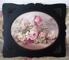 I love painted roses. Christie Repasy Designs Coming soon to IDEAS Vintage Market~Sewickley, PA Romantic Roses, Beautiful Roses, Rose Cottage, Cottage Chic, China Painting, Painting Art, Printed Balloons, Coming Up Roses, Love Rose
