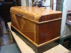 Art Deco Bedroom Chest- This is what I'm talking about!