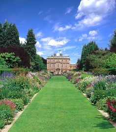 Newby Hall is famed for it's amazing gardens, including a water garden, rose garden, some of Europe's longest herbaceous borders and the tropical garden
